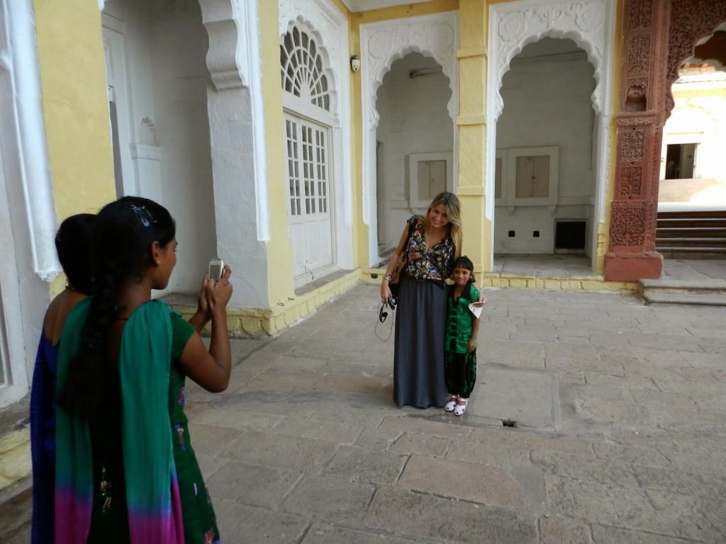 fotos com crianças na india