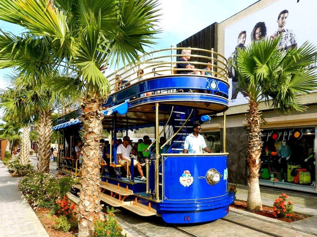 05 oranjestad bondinho trolley - dicas de aruba