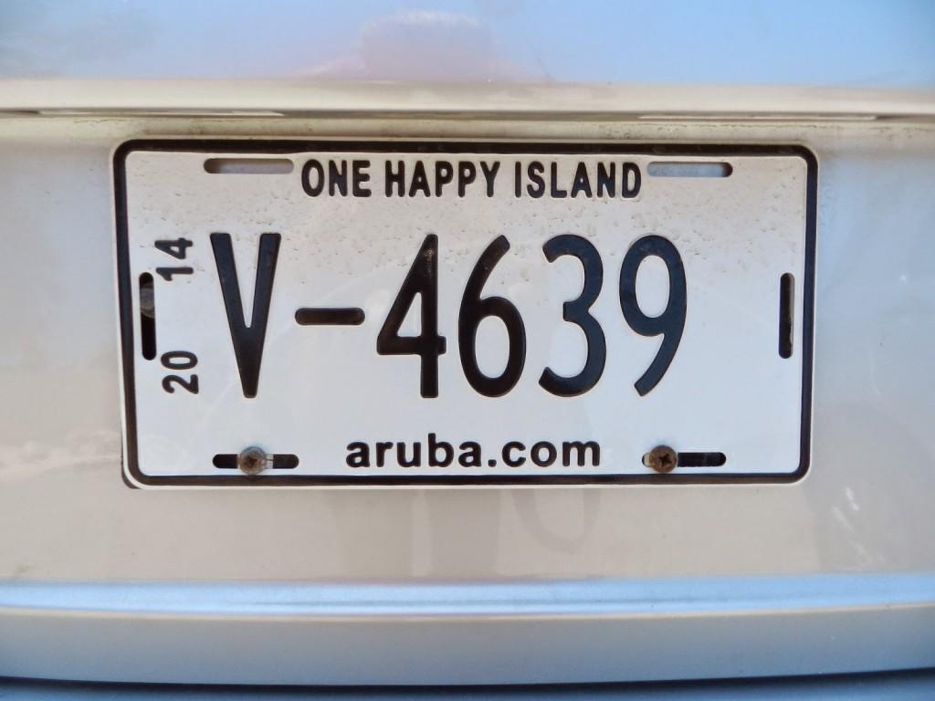 23 Carro placa one happy island - o que fazer - dicas de aruba
