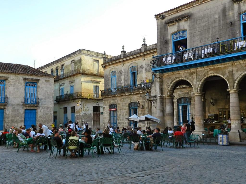 Plaza de La Catedral de dia, também uma delícia!