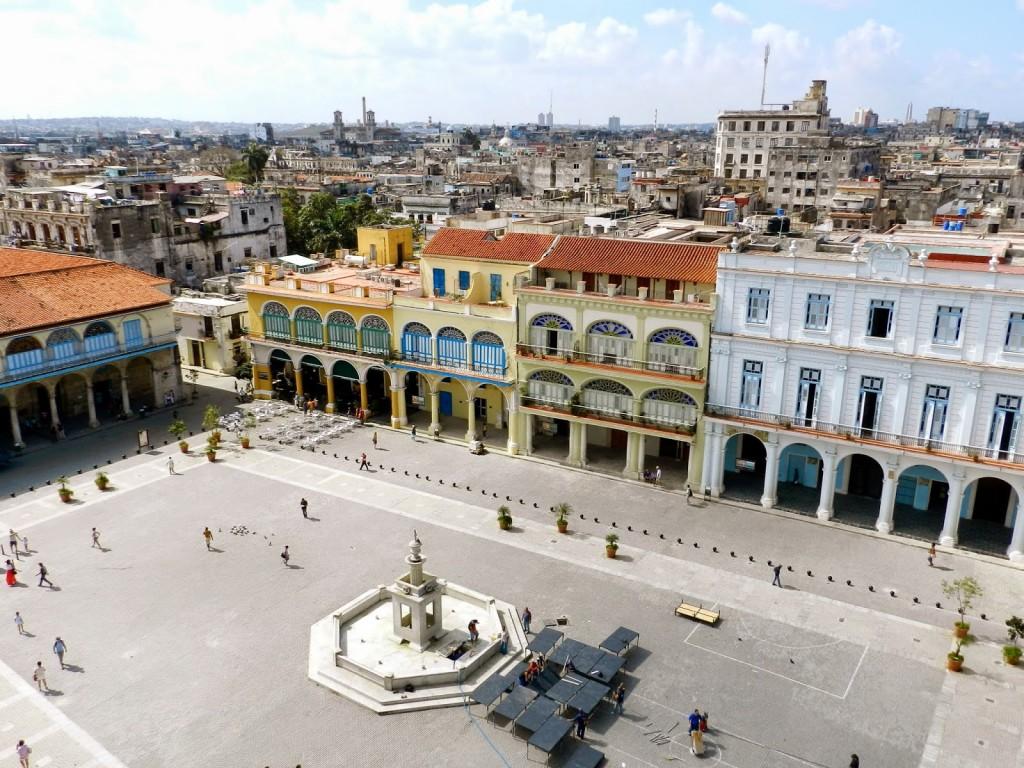 Plaza Vieja vista de cima a partir do edifício da Cámara Oscura