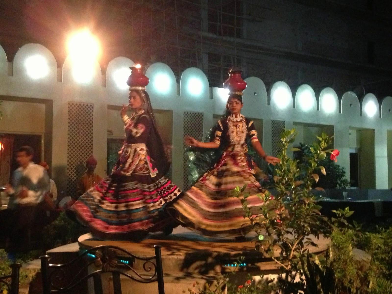 19 RESTAURANTE DURG JAIPUR danças típicas rajasthani - rajastao india
