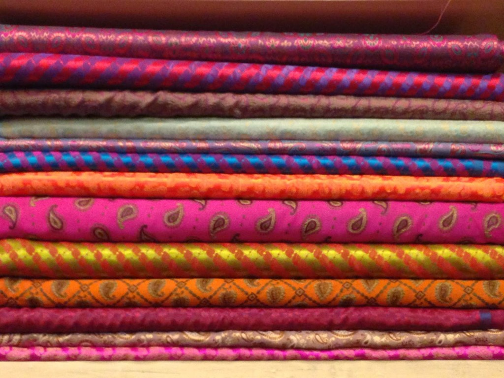 Colors of the Pink City, Jaipur | Gandhi Textile Factory Store