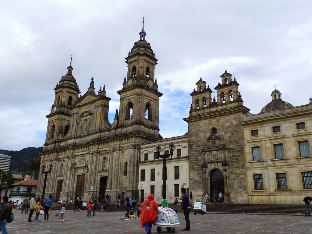 09 PLAZA BOLIVAR Centro Candelaria - turismo em bogota - dicas de viagem colombia