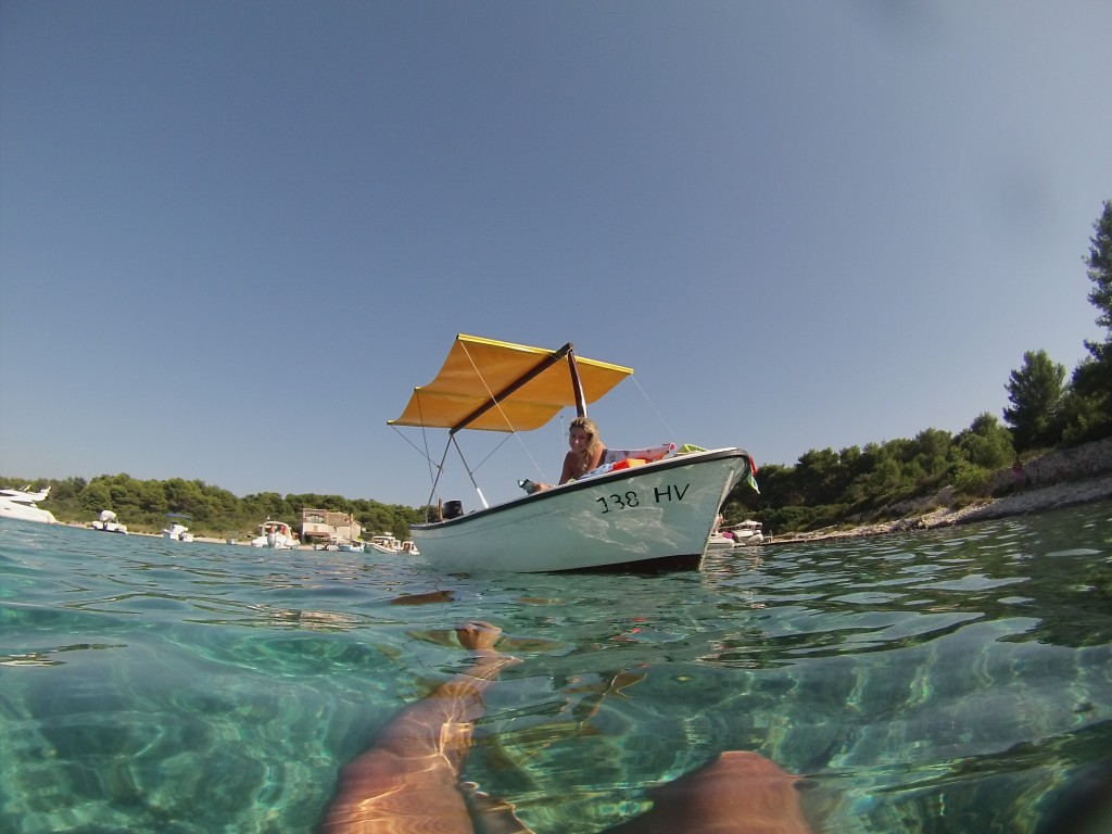 Aluguel barco Hvar Croacia