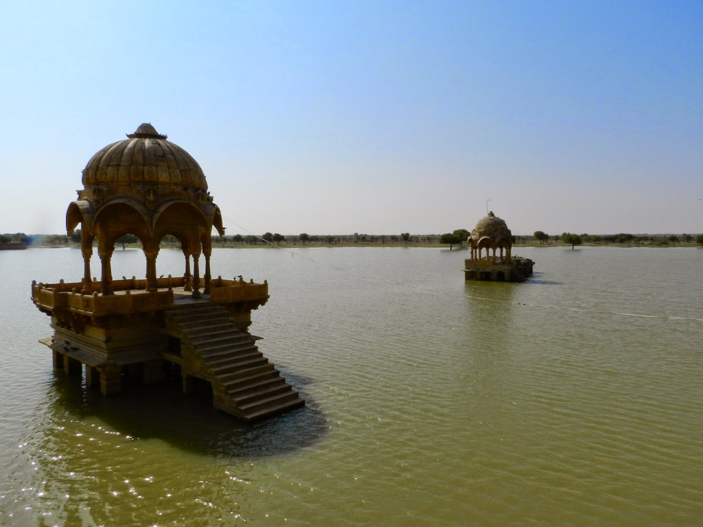 05 gadi sagar lake jaisalmer rjasthan india