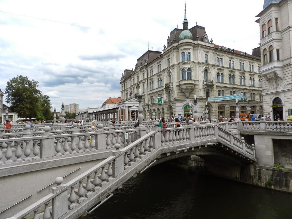 05 ponte triple bridge - Rio Ljubljanica - o que fazer em ljubljana eslovenia - dicas de viagem
