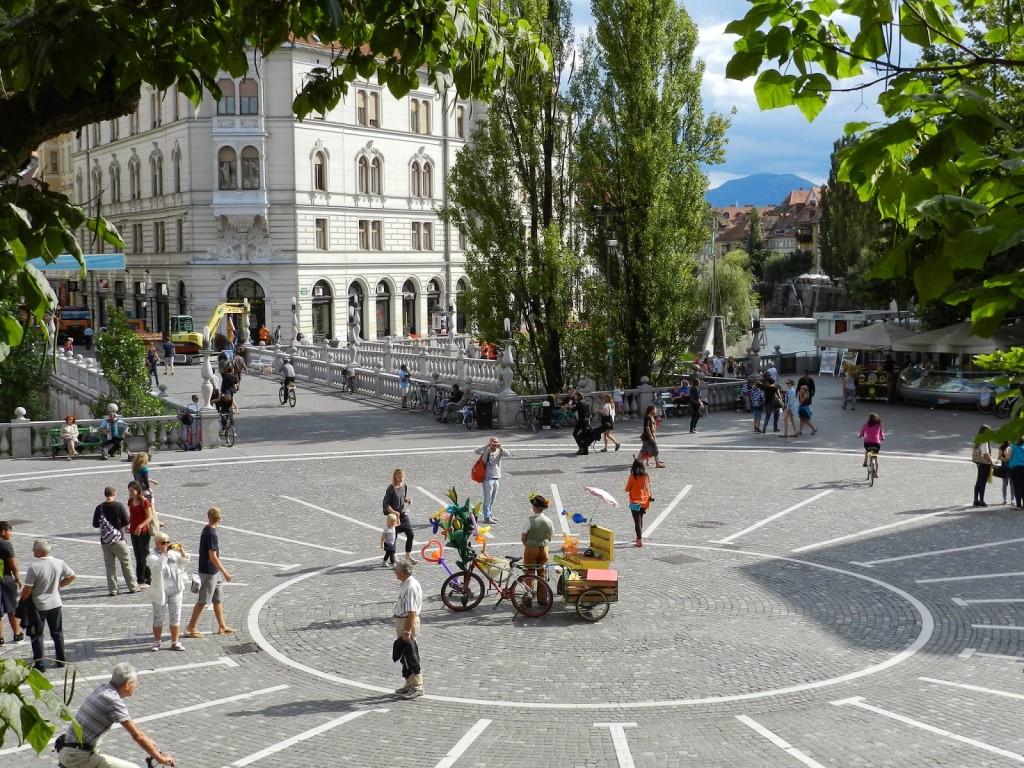 12 Preseren Square - o que fazer em ljubljana eslovenia - dicas de viagem
