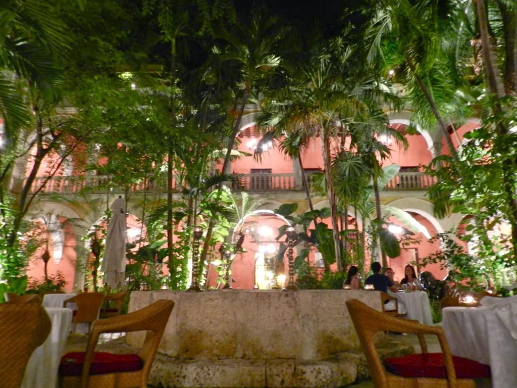 05 Restaurante 1621 Sofitel Convento Santa Clara comida francesa dicas de Cartagena das Indias colombia caribe onde ficar o que fazer onde comer