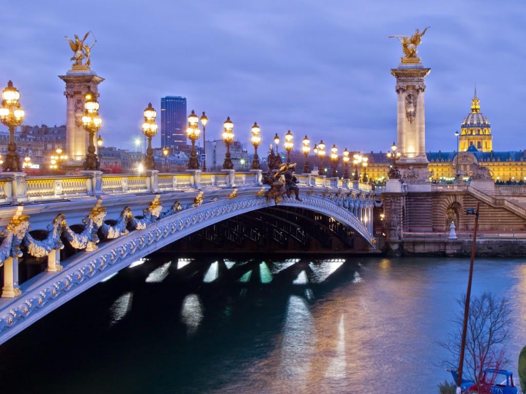 Pont Alexandre III (Grand Palais ao fundo) | foto: commons.wikimedia.org