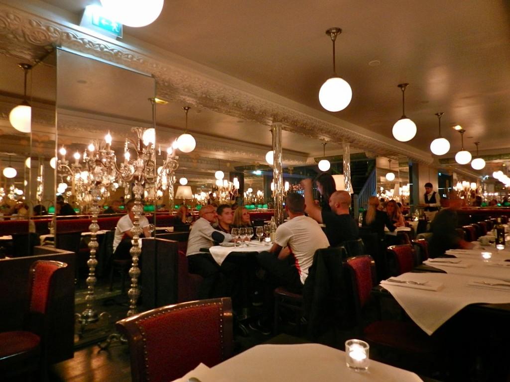 14 Brasserie thoumieux restaurante dicas onde comer em paris