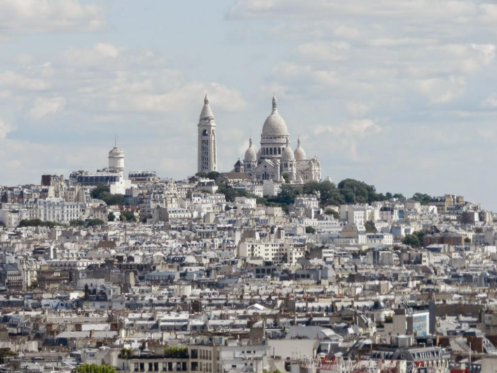 Montmartre & Basílica de Sacré-Coeur vista de cima do Arco do Triunfo