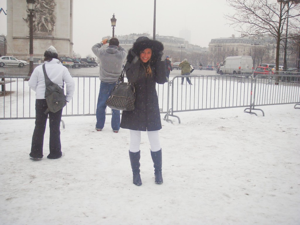 Place Charles de Gaulle em janeiro de 2009