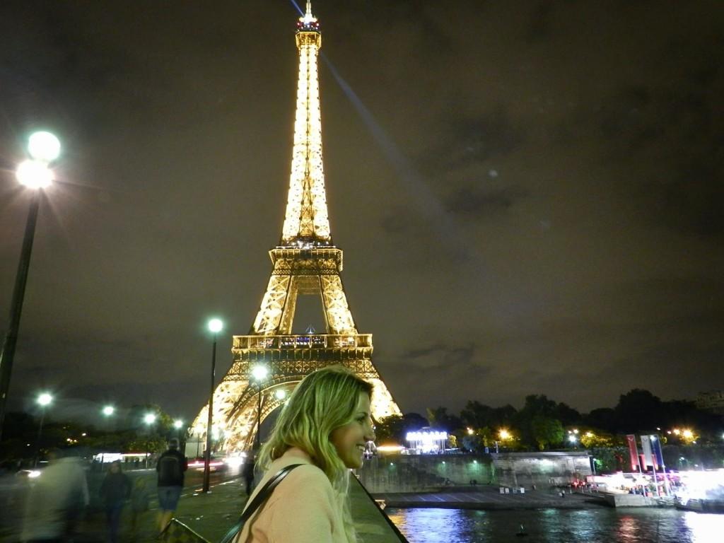 29 PASSEIO 02 torre tour eiffel iluminada a noite - dicas o que fazer em paris roteiros de viagem