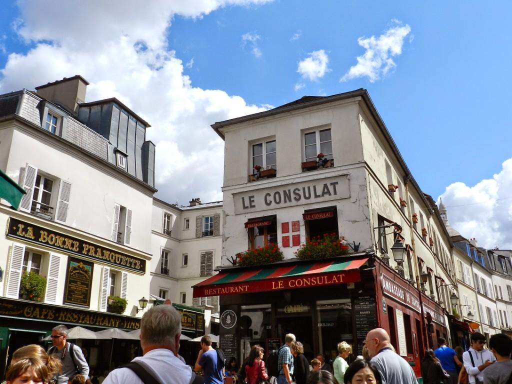 70 PASSEIO 05 Place du tertre - Montmartre Moulin rouge amelie poulin cafe des deux moulin - dicas o que fazer em paris roteiros de viagem