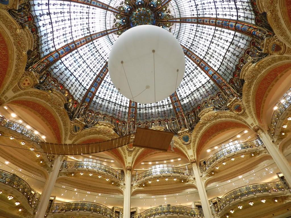 84 PASSEIO 07 Galeries Lafayette lojas de departamento Grand Boulevards Opera - dicas o que fazer em paris roteiros de viagem