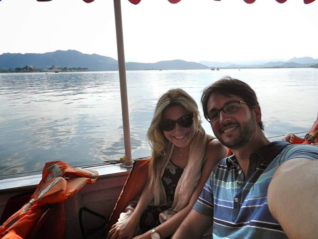 23 passeio de barco lago pichola udaipur india