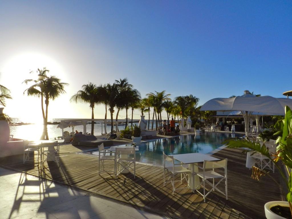 MAMBO BEACH club seaquarium cabana Curacao o que fazer dicas viagem praias 01