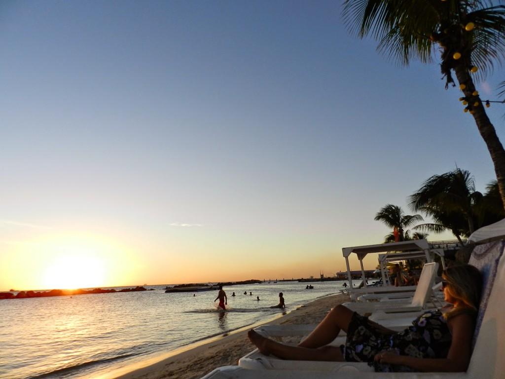 MAMBO BEACH club seaquarium cabana Curacao o que fazer dicas viagem praias 04