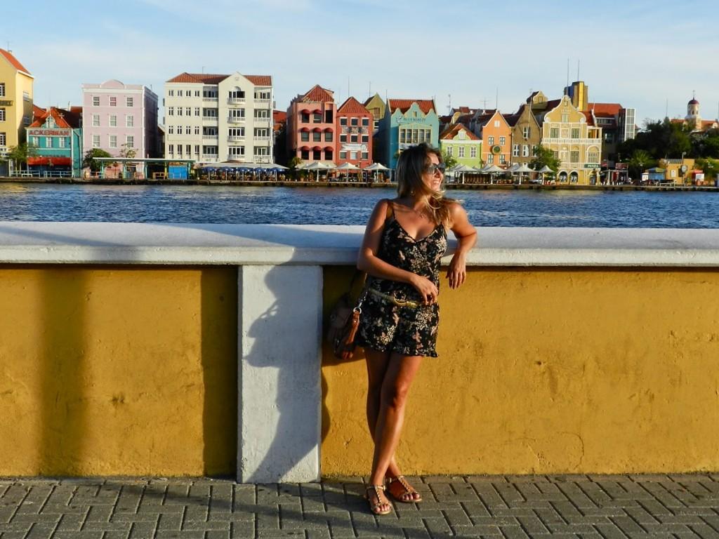 Willemstad PUNDA e OTROBANDA casinhas coloridas dicas de viagem o que fazer Curaçao 02
