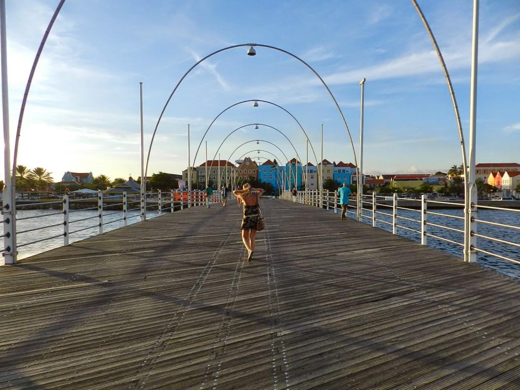 Willemstad PUNDA e OTROBANDA casinhas coloridas dicas de viagem o que fazer Curaçao 05