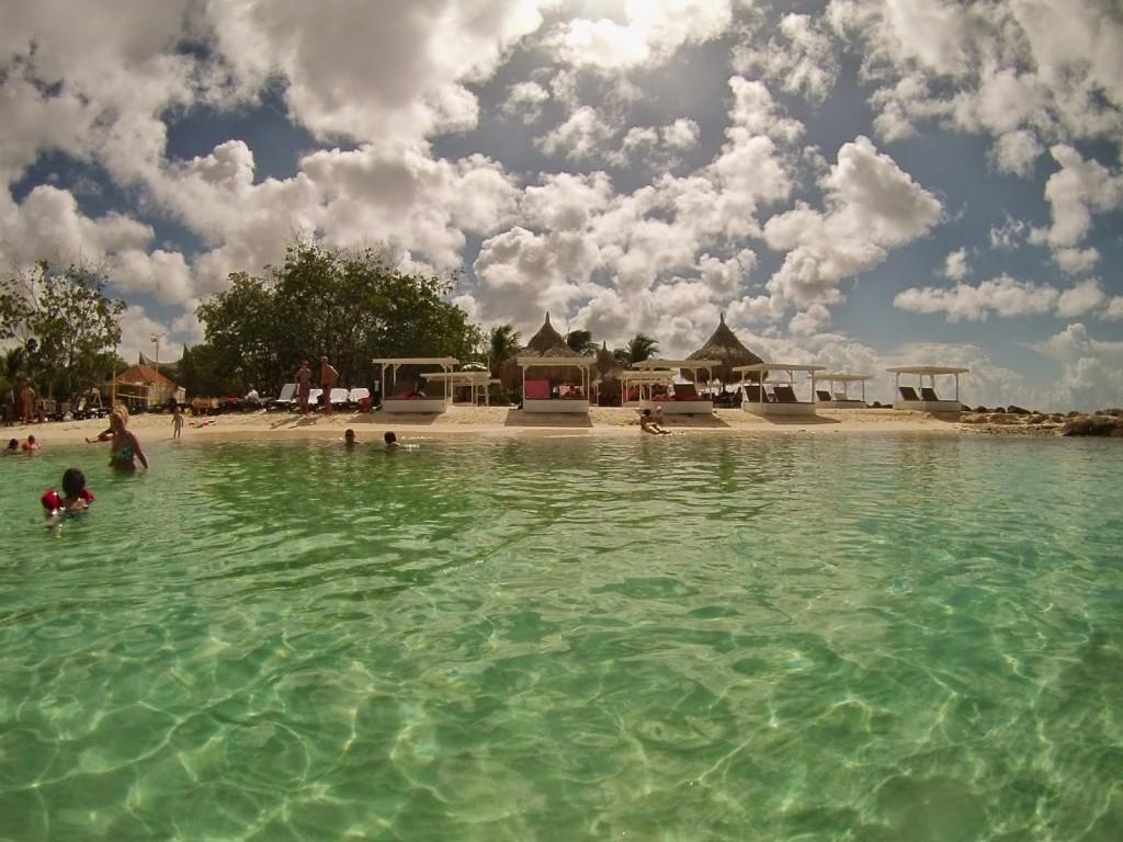 ZEST beach club jan thiel Curacao o que fazer dicas viagem praias 04