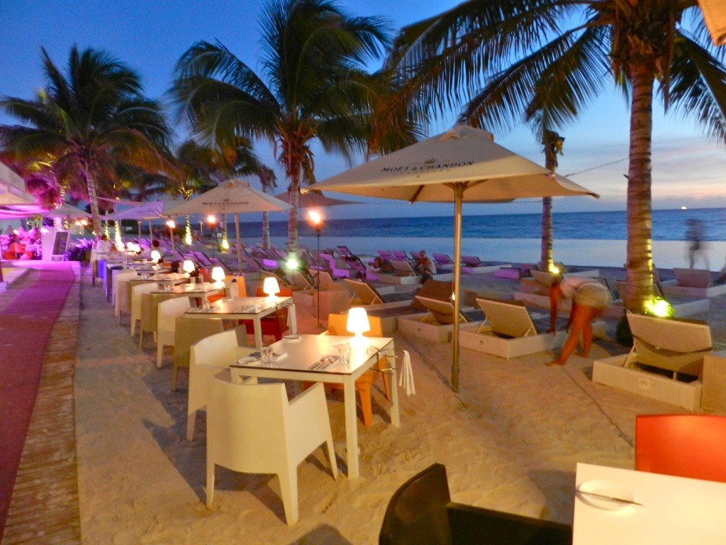 papagayo beach club restaurante jan thiel beach club curacao hoteis dicas viagem 04