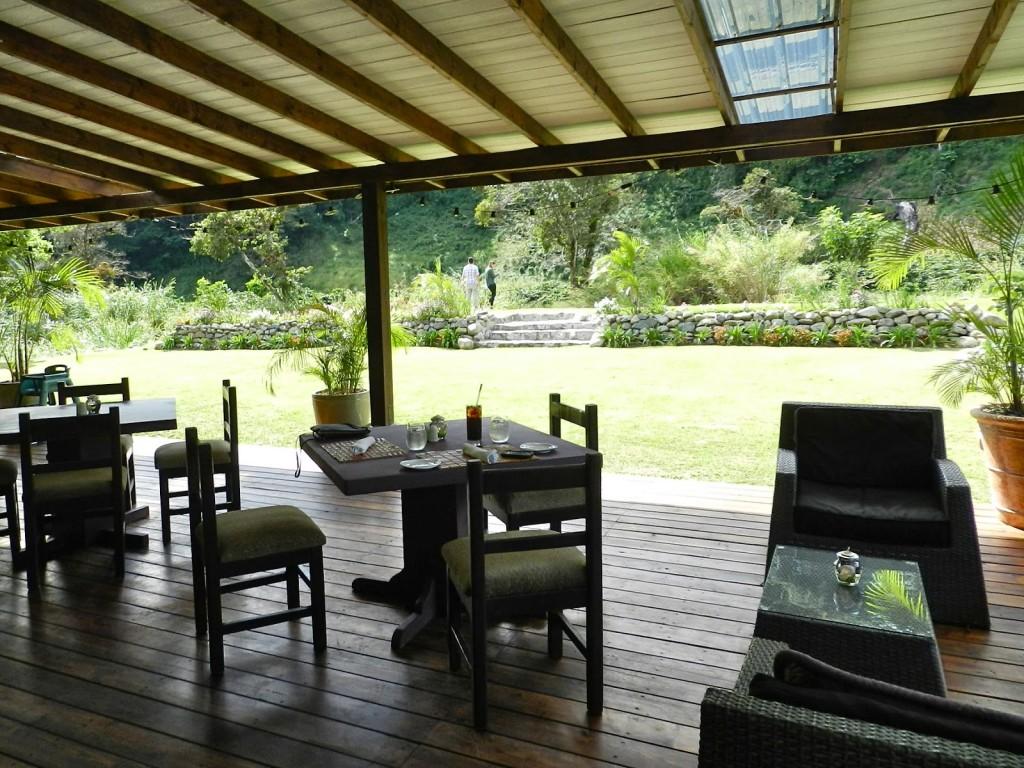 the rock restaurante boquete panama dicas riverside inn 01