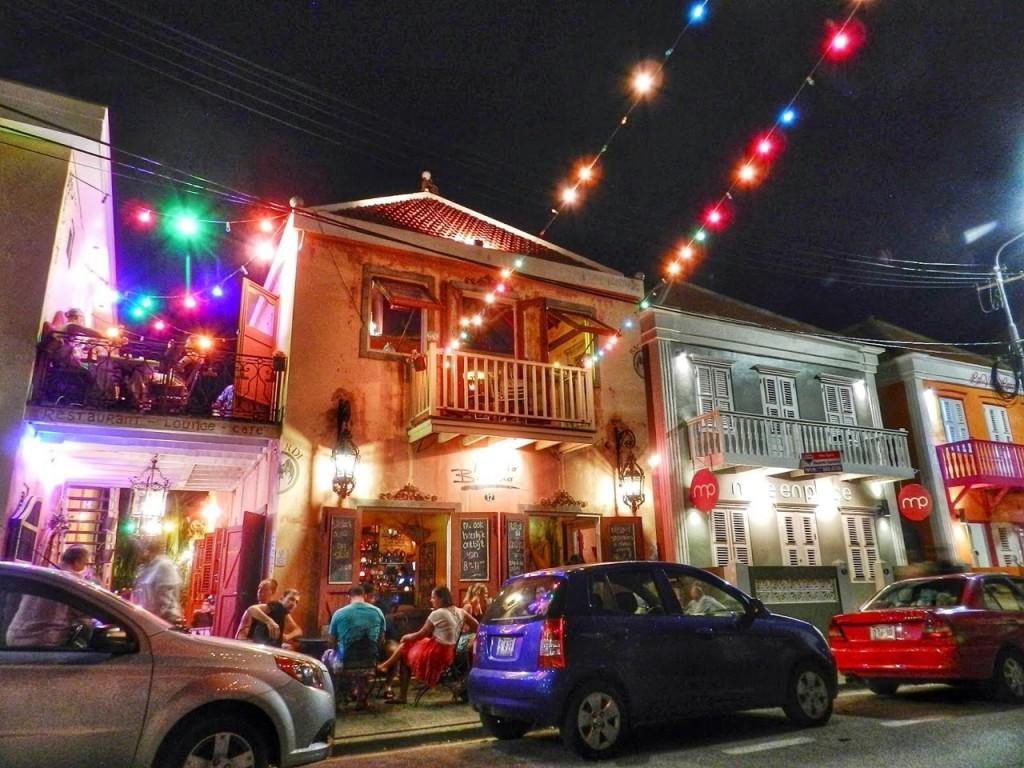 07 Mundo Bizarro - restaurantes Curaçao - Willemstad - Punda Otrobanda Pietermaai - blog lalarebelo dicas de viagem 1