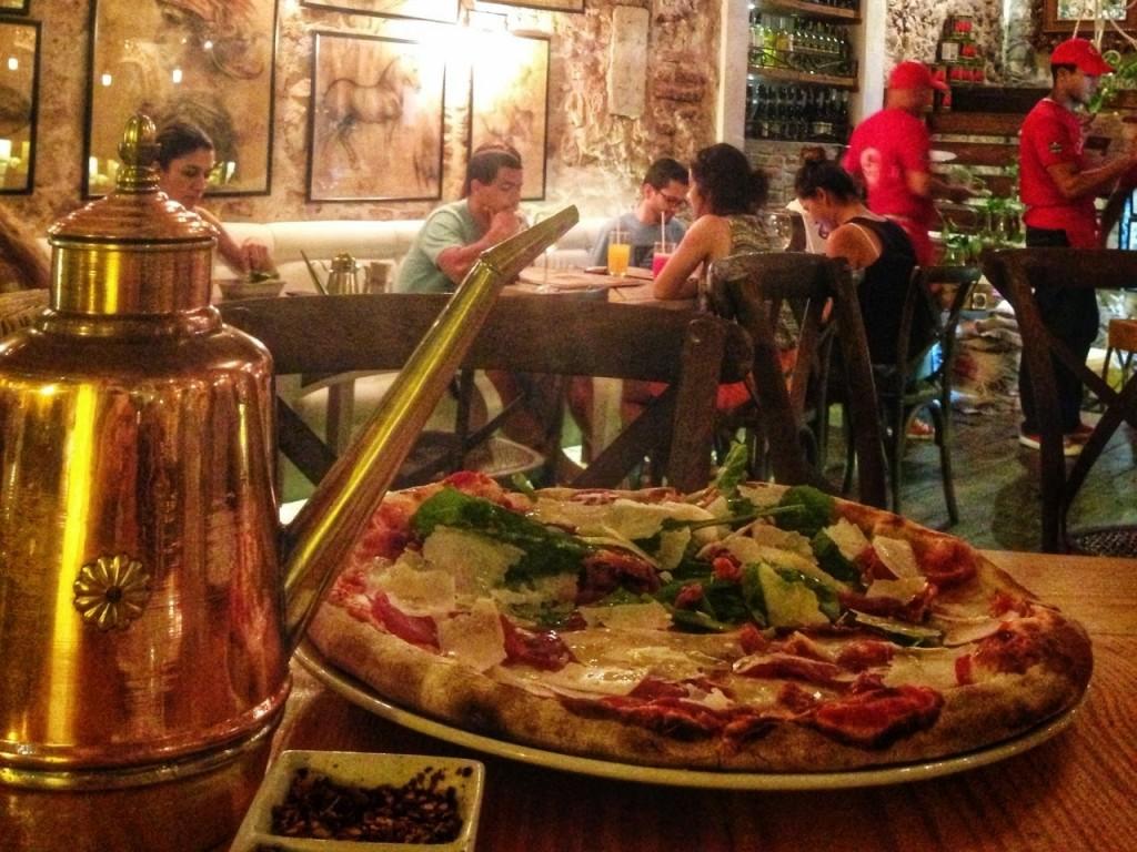 09 La DIVA Pizzeria - restaurantes Cartagena das Indias - Colombia - blog lalarebelo dicas de viagem 2