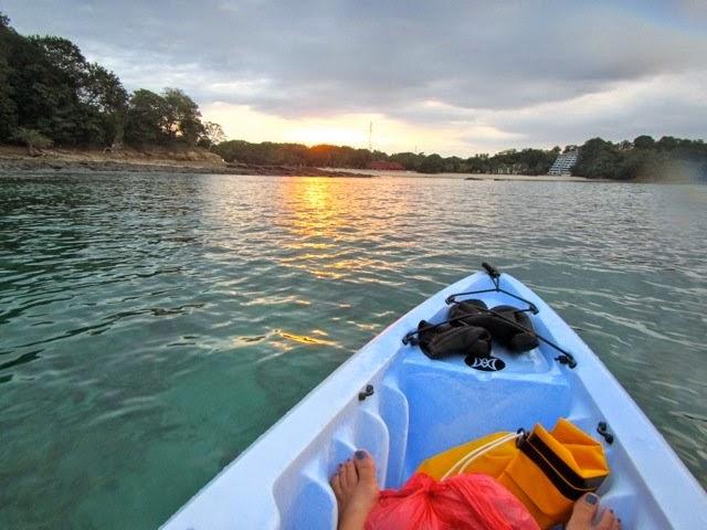 Kayaking em Isla Contadora em um dia de sol | foto: contadorapanama.com