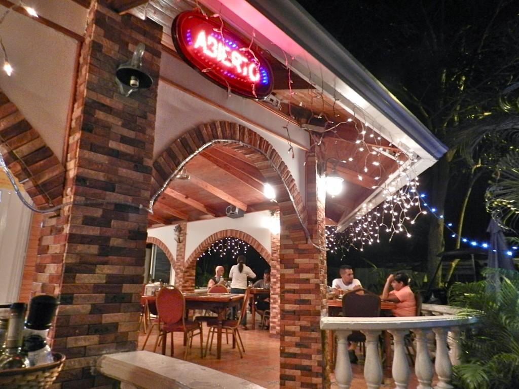 rincon hot stone restaurante hotel isla contadora pearl islands panama lalarebelo blog dicas de viagem 02