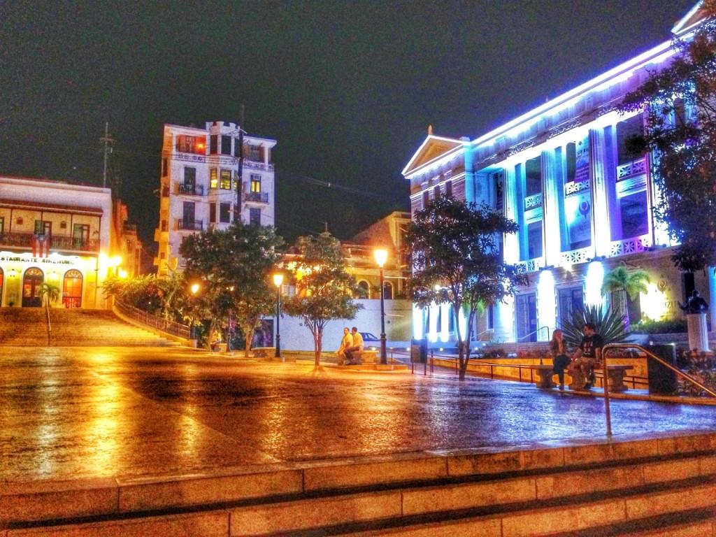 Plaza Salvador Brau