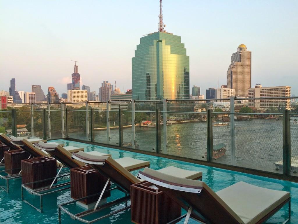 04 Millennium Hilton Hotel Bangkok riverside rio Chao Phraya River - dicas de viagem Tailandia - onde ficar piscina pool