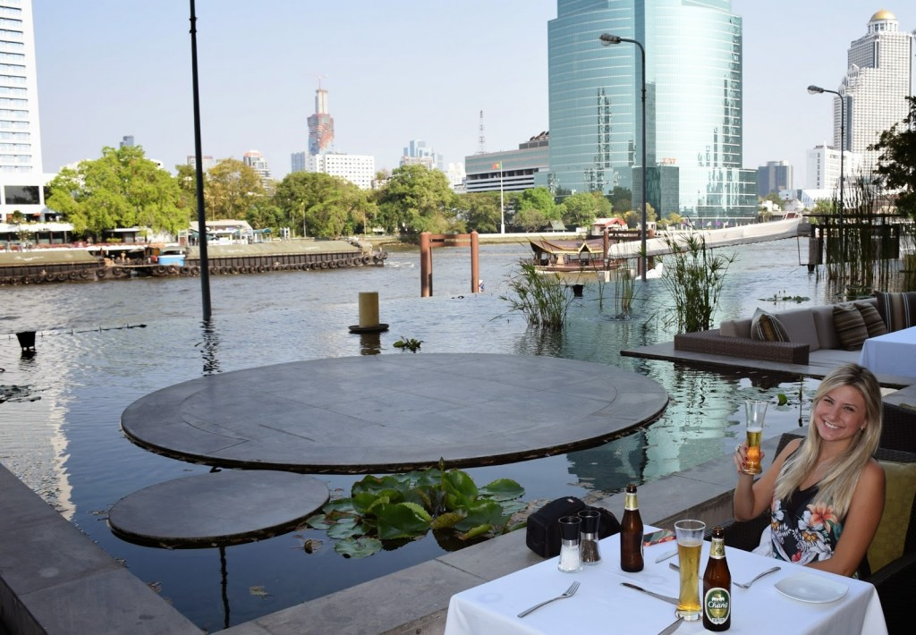 FLOW Restaurant, no Hilton, nas margens do Chao Phraya River