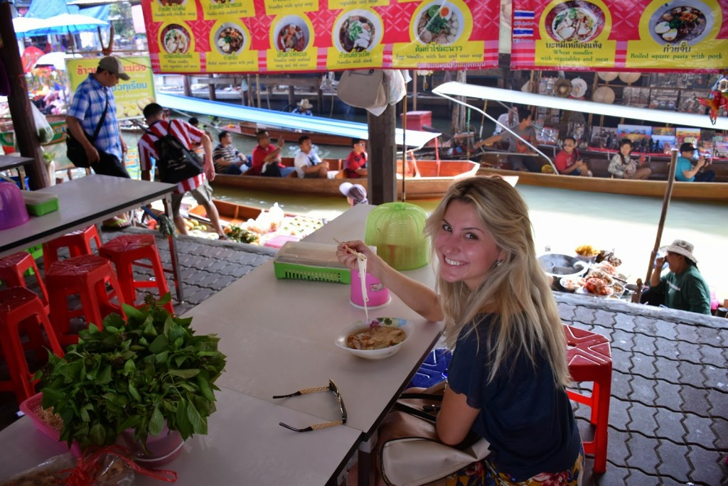 18Comidas tailandesas NOODLES SOUP floating market bangkok 03