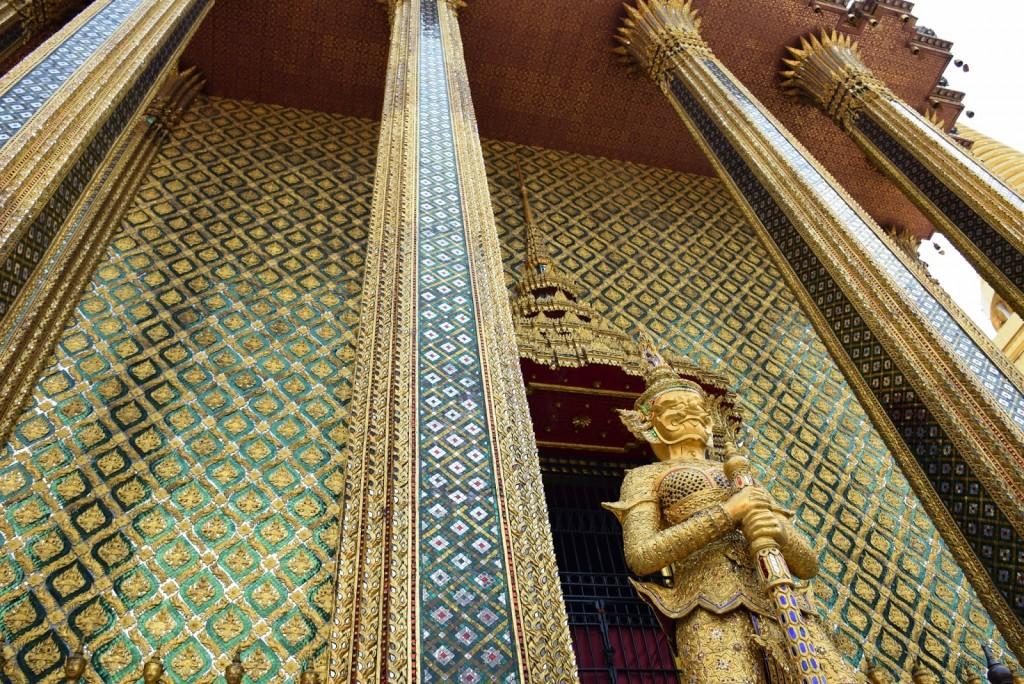 19 Grand Palace e templo do buda de esmeralda Wat Phra Kaew - o que fazer em bangkok dicas de viagem tailandia