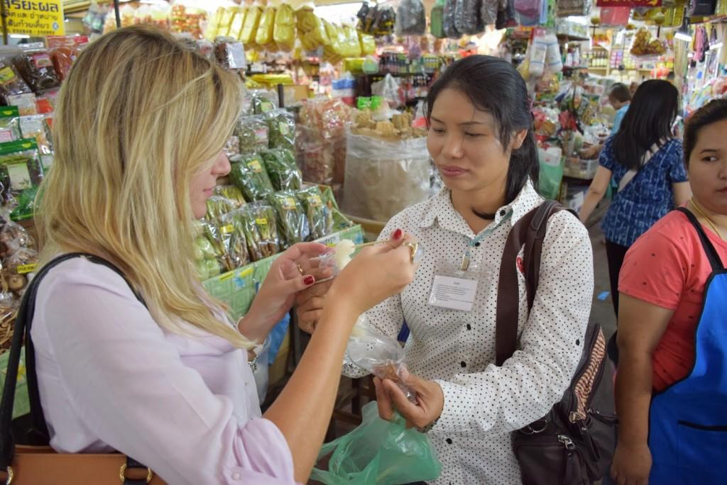 19Comidas tailandesas sticky rice warorot market chiang mai 01