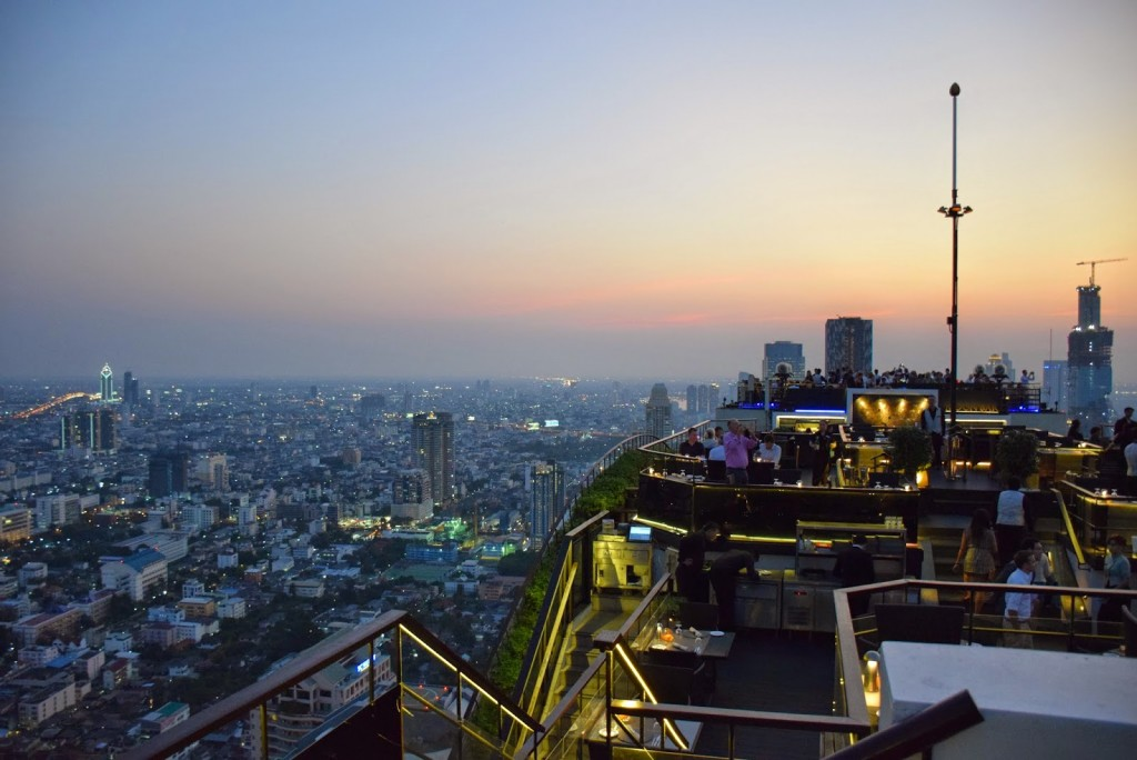 dicas de bangkok tailandia - rooftop vertigo and moon bar banyan tree hotel