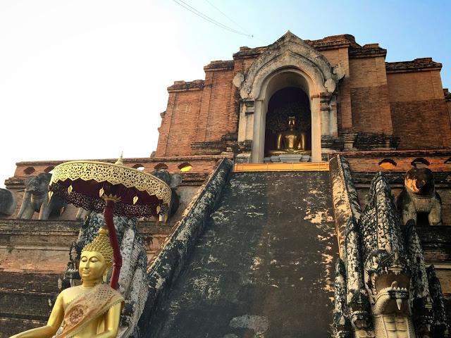 dicas de chiang mai tailandia - templo wat chedi luang
