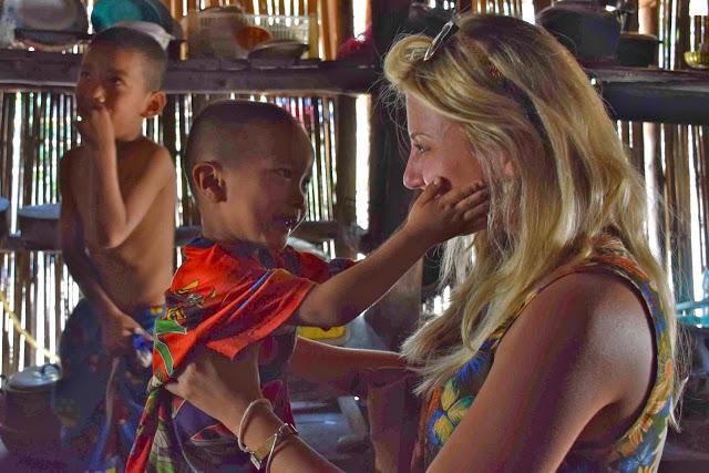 dicas de chiang mai tailandia - tribo das mulheres girafa