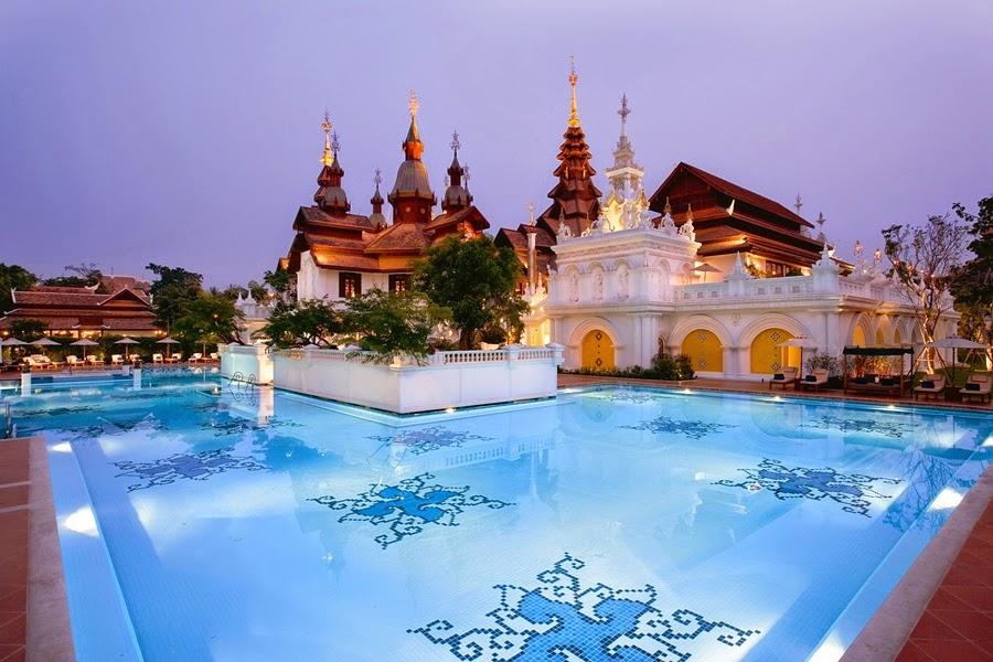 Colonial Pool | foto: dharadhevi.com