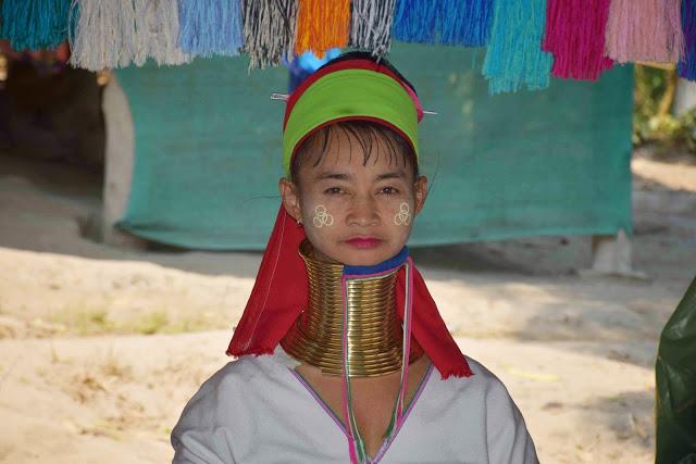 57 Baan Tong Luang Village - hill tribes - TRIBO DAS MULHERES GIRAFA - KAREN PADONG LONG NECK - chiang mai tailandia