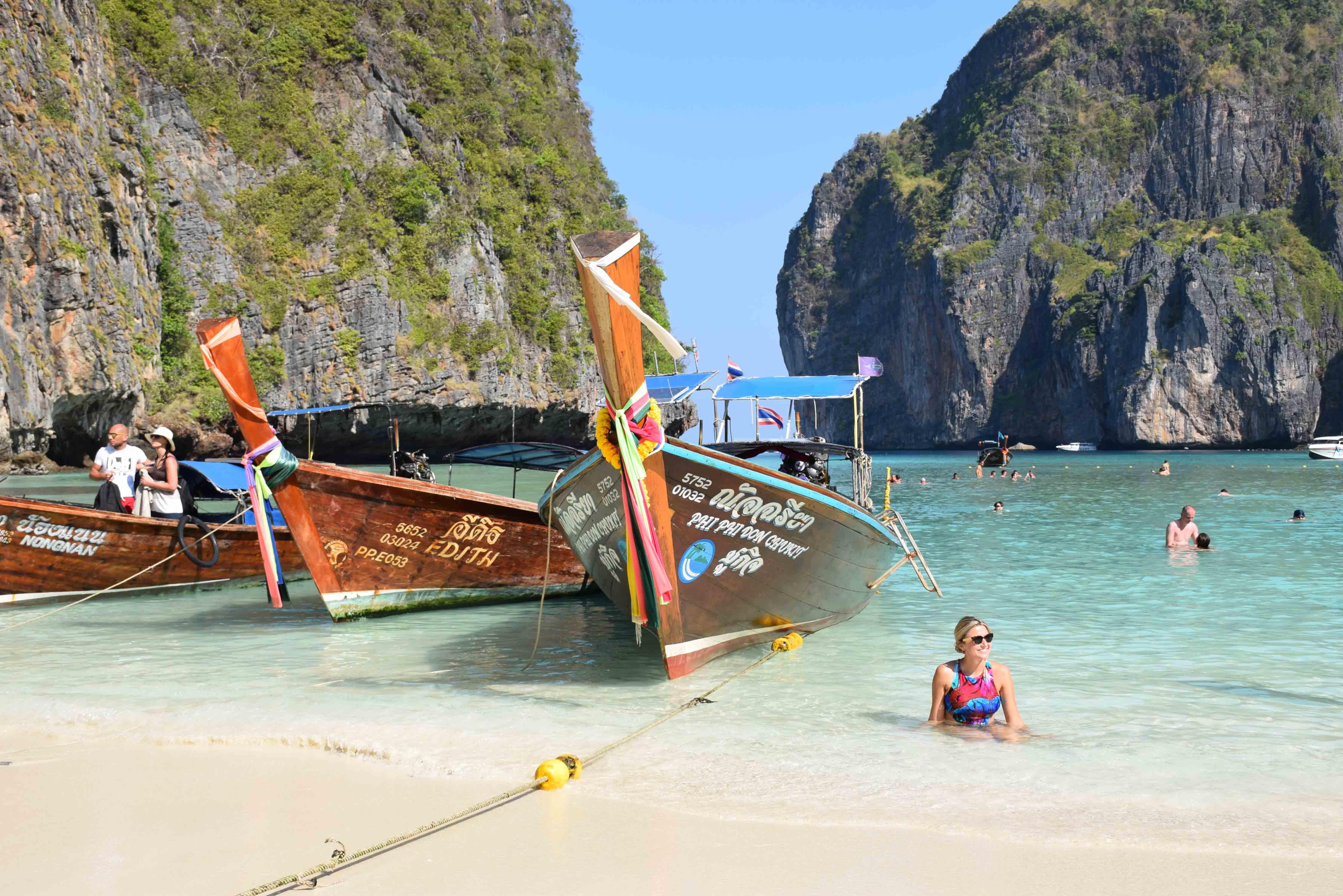 Maya Bay krabi phi phi leh thailand