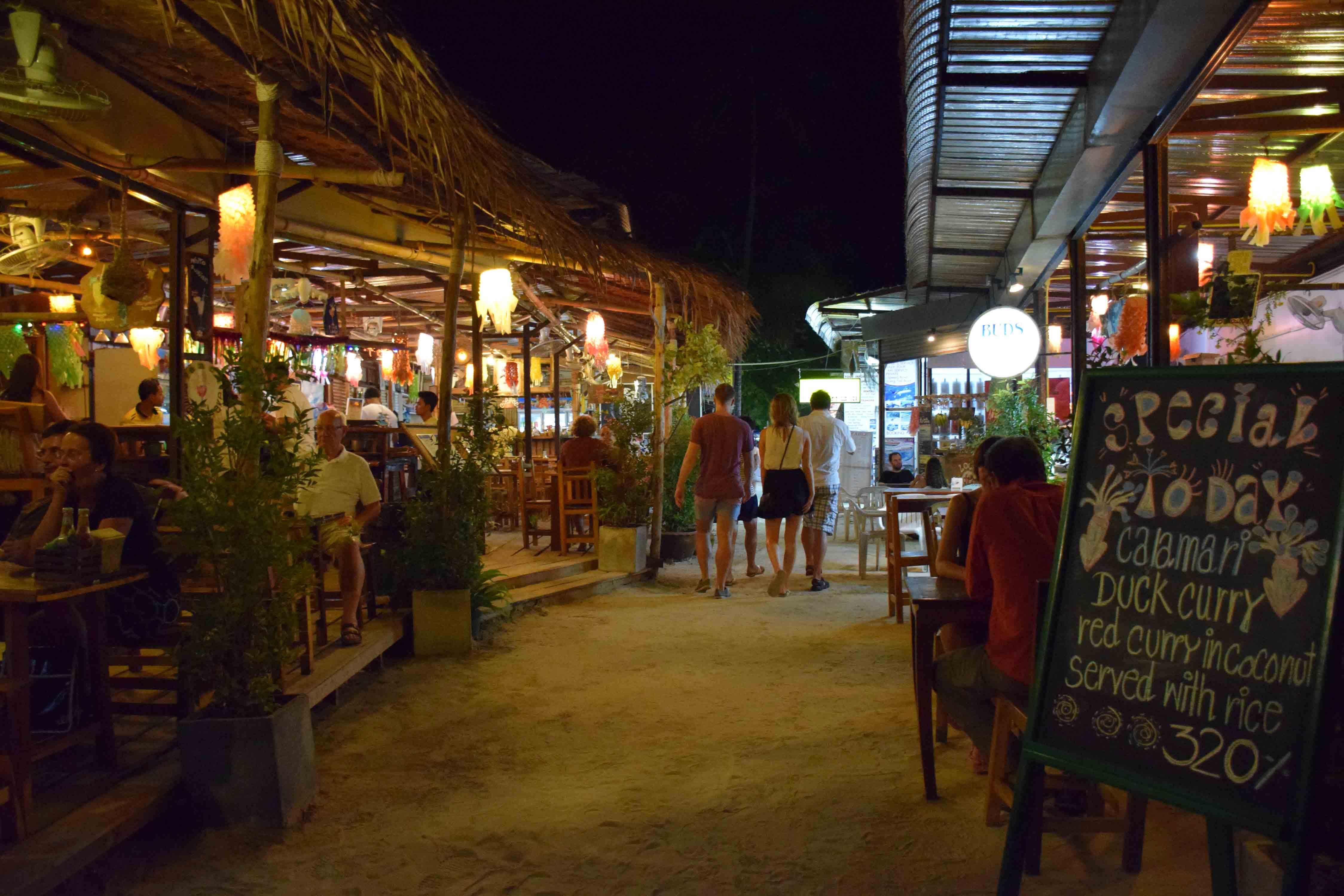 Restaurants KRABI Railay and Phranang Beach - WALKING STREET 06
