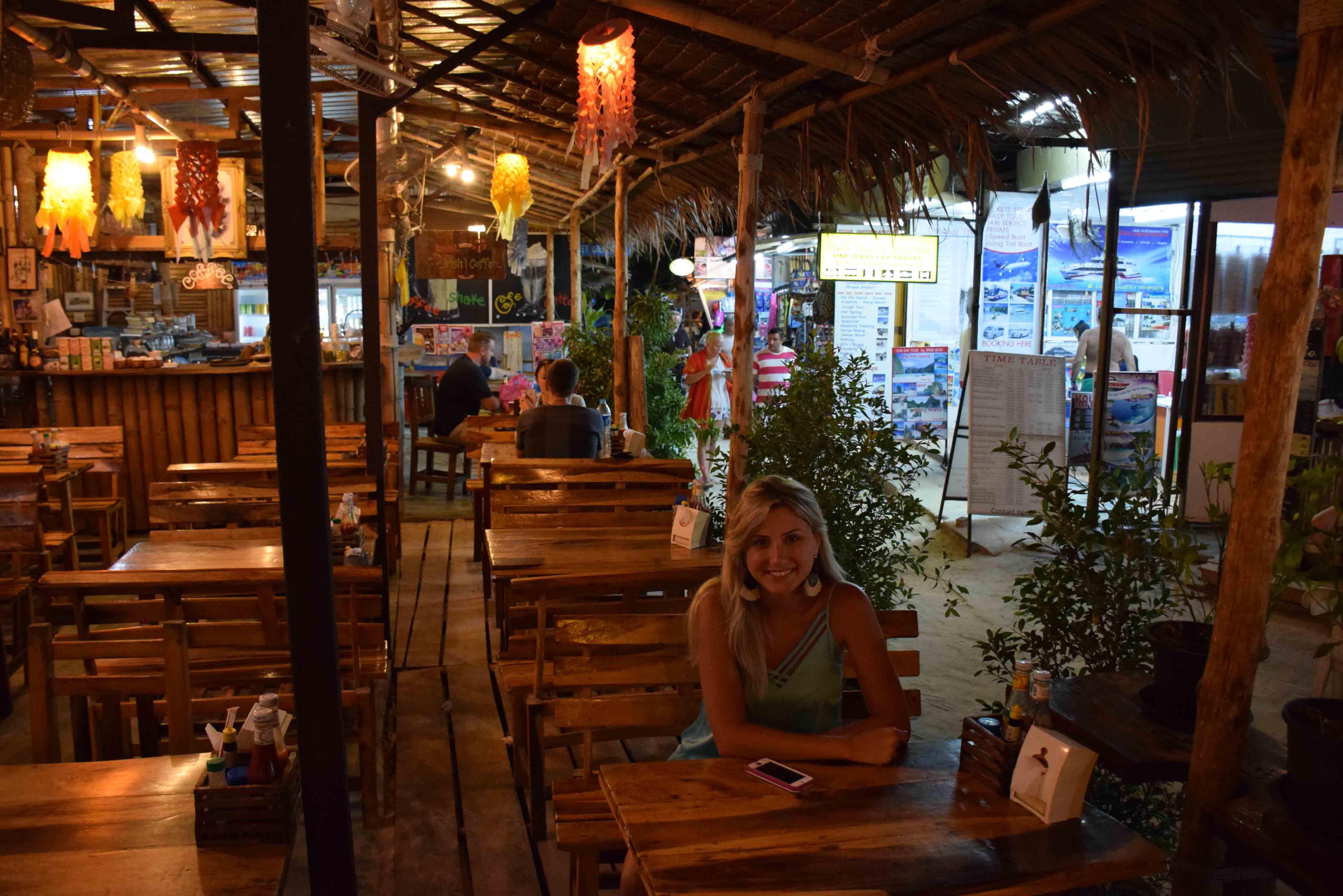 Restaurants KRABI Railay and Phranang Beach - WALKING STREET 07