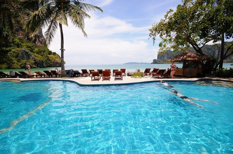 railay bay hotel krabi thailand