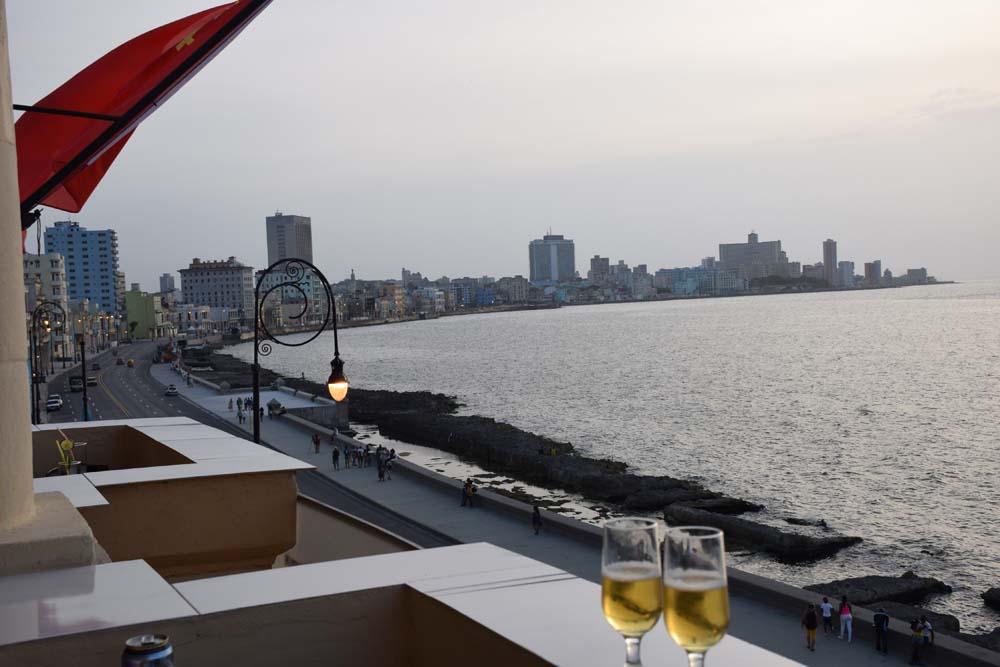 Restaurante Nazdarovie havana cuba