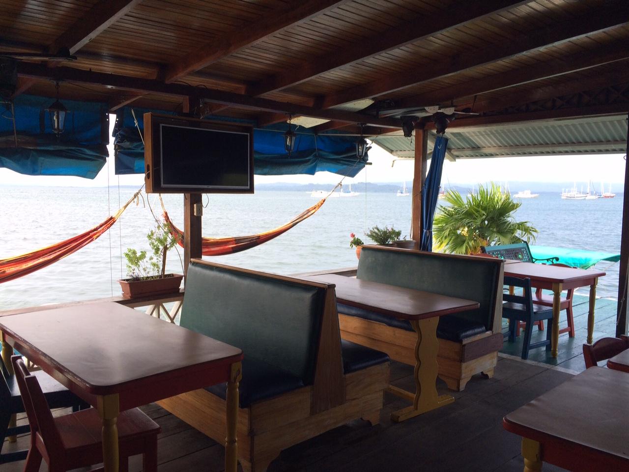 hotel olas de la madrugada bocas del toro town isla colon