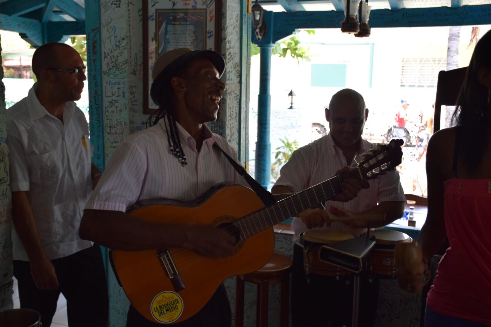 Música cubana! :)